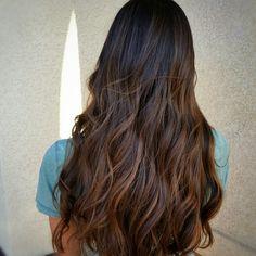 14 visitors have checked in at Hair Inn Salon. Caramel Balayage, Color Melting, Caramel Color, Winter Hairstyles, Salons, Fashion Beauty, Hair Cuts, Hair Color, Long Hair Styles