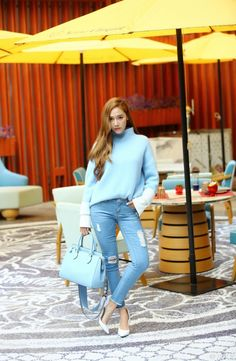 Jessica Jung in Fire Bible Magazine Jessica & Krystal, Krystal Jung, Asian Woman, Asian Girl, Jessica Jung Fashion, Blonde Asian, Interview, Current Fashion Trends, Latest Trends