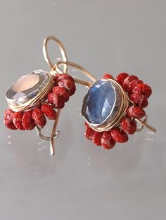 earrings 'Flower', labradorite and coral - Ottomania