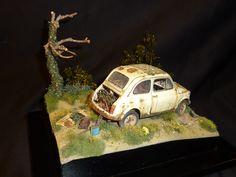 """maquette de Fiat 500 """"épave"""".Echelle 1/24,base Tamiya"""