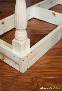 good, understandable instructions building something similar Dear Lillie: Dining Room Bench Tutorial