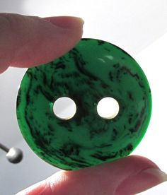 VINTAGE Marbled Green Bakelite Buttons Four (4) Green BAKELITE Buttons Large Hole Poker Style End of Day Sewing Jewelry Supplies (D198)