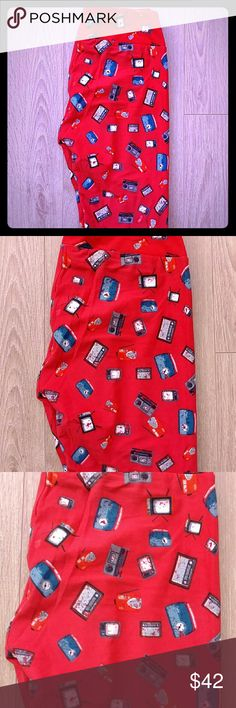 🆕 Lularoe Leggings OS Lularoe leggings OS. Made in Vietnam. NWT but does not come with bag. Never been worn. LuLaRoe Other