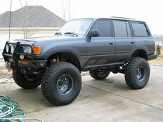 I'm trying to decide between a locked rear, with miles and a 93 Land Cruiser, locked front and rear,. Toyota Garage, Toyota Lc, Toyota Trucks, Toyota Cars, Toyota Hilux, 4x4 Trucks, Land Cruiser 80, Toyota Land Cruiser, Landcruiser 80 Series
