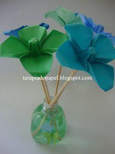 aromatizador com flores de origami