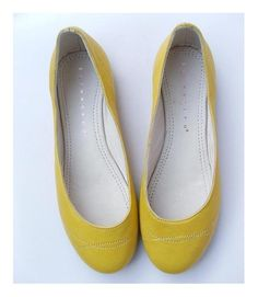 yellow flats...yes, please!