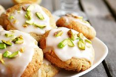 Cookies with lemon, pistachios and mint - the best recipe for a simple, tasty, sweet, aesthetic cookie for breakfast. Pistachio Cookies, Lemon Cookies, Good Food, Yummy Food, Tasty, New Recipes, Crockpot Recipes, Easy Recipes, No Carb Bread