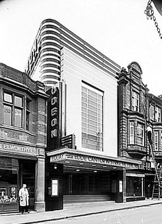 From bargain-bin store to bingo hall, the sad fate of the Odeon popcorn palaces Odeon at Kettering, Northants Vintage London, Old London, Cinema Architecture, Bauhaus, Art Nouveau, Statues, Design Industrial, Streamline Moderne, Art Deco Buildings