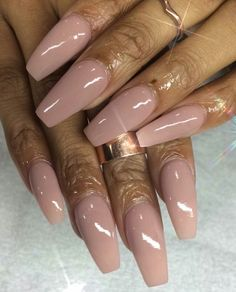 Pretty Nail Colors, Pretty Nail Designs, Pretty Nails, Dope Nails, Nails On Fleek, One Color Nails, Milky Nails, Finger, Classy Nails