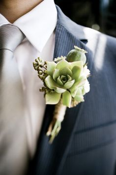 Love this idea, perfect boutonniere for a country chic event Succulent Corsage, Succulent Boutonniere, Flower Corsage, Groom Boutonniere, Wedding Events, Our Wedding, Dream Wedding, Wedding Ideas, Wedding Peach