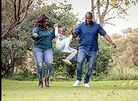 As the leading wedding photographer in Randburg, such a pro follows a simple yet very relaxed photography style that best suits a wedding like occasion.