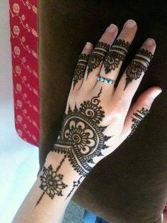 simply gorgeous, henna, mehndi