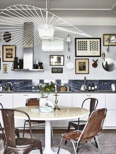 Chez Karolina Vertus | elephant in the room