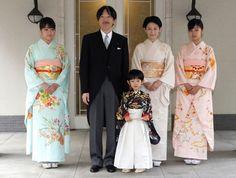 Family Portrait L to R: Princess Mako, Prince Akishino, Prince Hisahito, Princess Kiko, Princess Kako on 3rd November in 2011