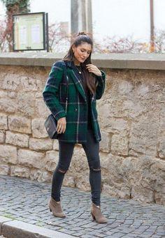 Картинки по запросу plaid coat outfit