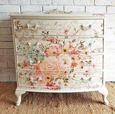 Decoupage Furniture, Diy Pallet Furniture, Hand Painted Furniture, Refurbished Furniture, Paint Furniture, Upcycled Furniture, Furniture Projects, Furniture Makeover, Home Furniture