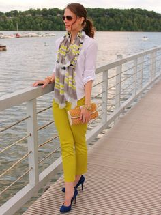 Skinny colored jeans w/white blouse and scarf