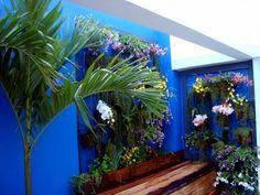 Varanda Barra de Tijuca - RJ: Jardins rústicos por Filhas do Ar