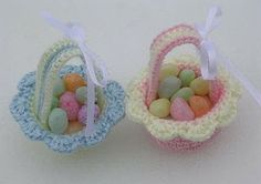 Miniature Easter Baskets Free Crochet Pattern from the Easter Free Crochet Patterns Category and Knit Patterns at Craft Freely Holiday Crochet, Crochet Gifts, Diy Crochet, Crochet Toys, Easter Crochet Patterns, Thread Crochet, Crochet Accessories, Easter Baskets, Easter Crafts