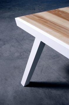 table repas PROFIL - ARTMETA / Mobilier sur mesure