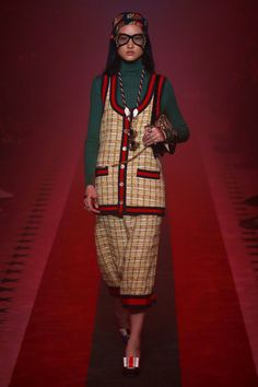Gucci | Ready-to-Wear Spring 2017 | Look 77