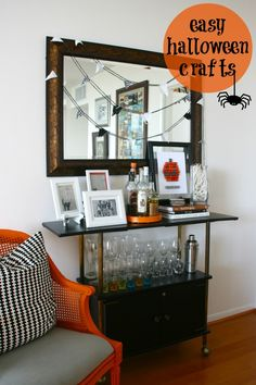 Easy Halloween Crafts  I  via Jamie at C.R.A.F.T.