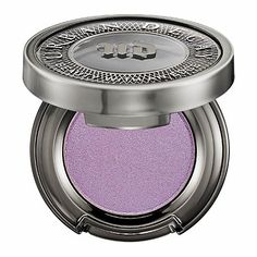 Radiant Orchid Eyes: Pantone Color of the Year 2014. Urban Decay Eyeshadow Asphyxia