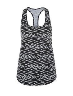 Try adding printed sportswear to your workout, like this Black Zig Zag Print Sports Vest. £6.99 #newlooksports #sportswear