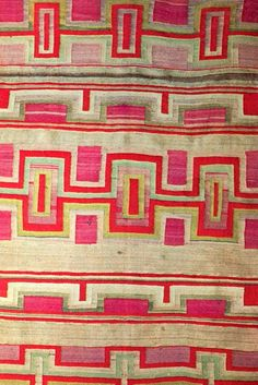 love the slight irregularity of this #pattern. Not to mention the #pink & #orange!
