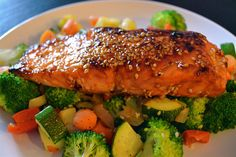 Orange-Sesame Salmon. Light, healthy and delicious, and made in less than 30 minutes!