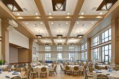 Designing Church Multipurpose Halls: 10 Things to Consider - Decoration Church Interior Design, Hall Interior, Church Design, Flur Design, Hall Design, Multipurpose Hall, Meeting Hall, Function Hall, Home Ceiling