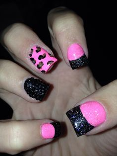 I would tweak this a bit, but I like the bubble gum pink and black sparkles. Fabulous Nails, Perfect Nails, Gorgeous Nails, Pretty Nails, Amazing Nails, Hot Nails, Hair And Nails, Short Square Acrylic Nails, Cheetah Nails