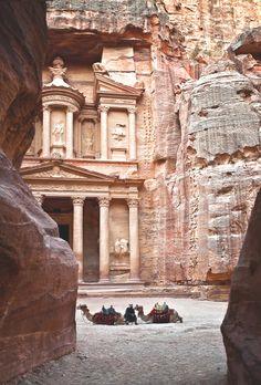 al-khazneh, petra, jordan | travel destinations in the middle east + ruins #wanderlust