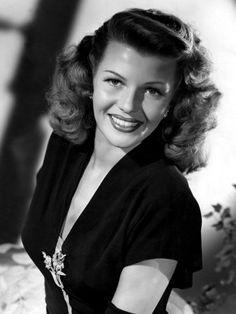 Rita Hayworth - possible Sally Applewhite makeup/hair?
