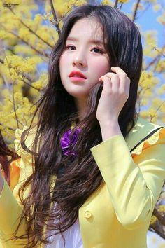 Kpop Girl Groups, Korean Girl Groups, Kpop Girls, Olivia Hye, Pink Lips, Ulzzang Girl, K Pop, South Korean Girls, Just In Case