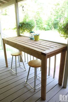 Learn how to build a outdoor bar table for your backyard. This DIY outdoor table can also be used as an outdoor work table. DIY project using only Kids Picnic Table, Outdoor Bar Table, Deck Table, Table Bar, Outdoor Coffee Tables, Outdoor Dining, Outdoor Bars, Wood Table, Dining Table
