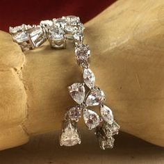 18 ct White Gold Filled Austrian Crystal Tapered Tennis Bracelet BBK009| We refund without questions|  We combine shipping| bid $60 shipping free. Starting at $1