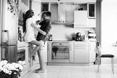 24 Real-Life Habits Of Actual Couples... These are so cute and really good ideas!