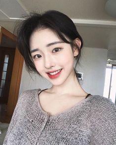 Pretty Asian Girl, Cute Asian Girls, Girls In Love, Ulzzang Korean Girl, Cute Korean Girl, Korean Face, Uzzlang Girl, Korean Aesthetic, Grunge Girl