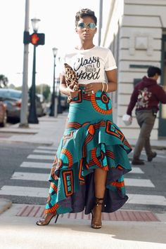 Mode Nobel mit einem Hauch JUNG IM STIL There is no other place than TexsTees for purchasing caption African Fashion Skirts, African Inspired Fashion, African Print Dresses, African Print Fashion, Africa Fashion, African Dress, African Fabric, African Style Clothing, African American Fashion