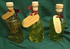 Geschenke aus der Küche: Kräuter Öl selber machen! Leckeres Basilikum und Rosmarin Öl selber machen - die_juliska's Foodblog