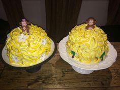 Piles of bananas! Monkey and banana birthday cakes! Monkey And Banana, Bananas, Birthday Cakes, Desserts, Food, Tailgate Desserts, Deserts, Essen, Birthday Cake