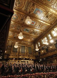 The Vienna Philharmonic Orchestra rehearses for the traditional New Year's concert at the golden hall of Vienna's Musikverein, Austria, Sunday, Dec. The concert will be broadcast to over 80 countries around the globe on New Year's Day. New Year Concert, Concert Hall, Celebration Around The World, New Year Celebration, Places To Travel, Places To See, Golden Hall, Monument Park, Orchestra Concerts