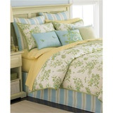 Fly the nest. Martha Stewart Collection brings nature-inspired beauty to your room with this Bluebird Garden comforter set, featuring blooming florals and a smattering of perched bluebirds in a cheery palette of yellow, green and blue. Complete the look with three decorative pillows for a classically charming look.