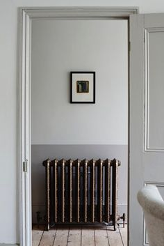 Vintage details yet simple design. Minimal home via Cassandra Ellis Interiors.  Join and get your exclusive subscription of elevated essentials for design enthusiasts @ minimalism.co