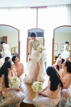 The Wedding Scoop Light Pink Bridesmaid Dresses, Pink Bridesmaids, Krikor Jabotian, Wedding Entourage, Wei Wei, White Bouquets, White Weddings, King Kong, Godzilla