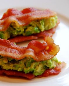 24. Bacon and Guacamole Sammies! I would eat this regularly anyway! I love bacon and avocados!