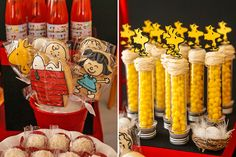 @nataliaveronezi , olha esses biscoitos! (Lado esquerdo). Charlie Brown Snoopy, Charlie Brown Christmas, Snoopy Birthday, Snoopy Party, Peanuts Snoopy, 2nd Birthday Parties, Baby Shower Themes, Shower Ideas, Candyland