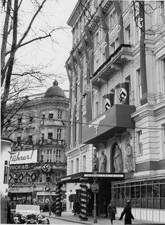 """Auch das Hotel """"Imperal"""" gehörte der Bristol AG. Samuel Schallinger wurde 1942 nach Theresienstadt deportiert, wo er ein Jahr darauf ums Leben kam. History Of Germany, The Third Reich, Das Hotel, World War Two, Bristol, Ww2, Past, Berlin, Street View"""