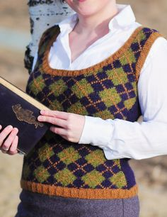 Free Knitting Pattern for Geek Chic Vest - Vest with intarsia argyle pattern. Designed by Laura Birek. Pictured project by camillahoel Knitting Machine Patterns, Sweater Knitting Patterns, Knitting Stitches, Free Knitting, Crochet Socks, Knit Or Crochet, Knit Vest Pattern, Loom Knitting Projects, Cable Knit
